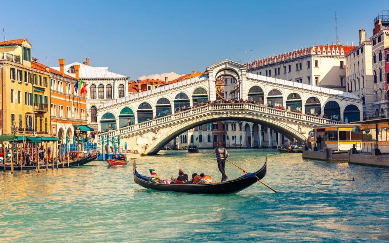 http://bulgariatravel.bg/images_data/original/Rialto.jpg